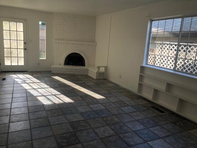 3 bedroom home for rent! Rent/deposit $1995